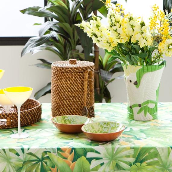 1. Cockatoo Vase, €45.99, Zara Home