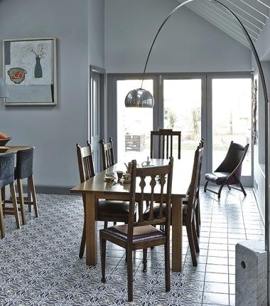 Chic ceramic tiles in kitchen