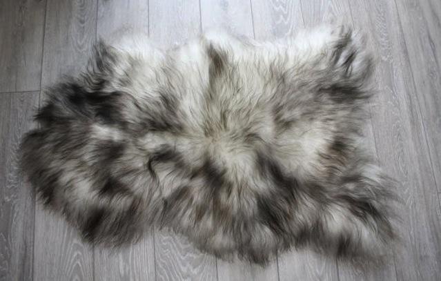 Icelandic sheepskin rug, €152, Swedishdalahorse on Etsy